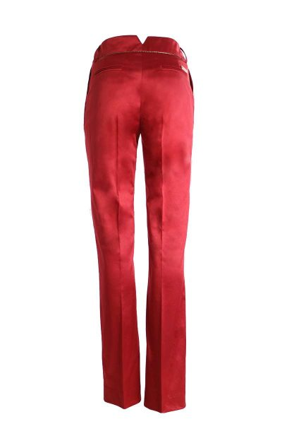 red_pant_3s
