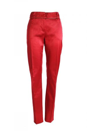 red_pants_1