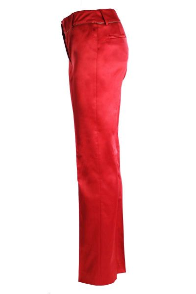 red_pants_3