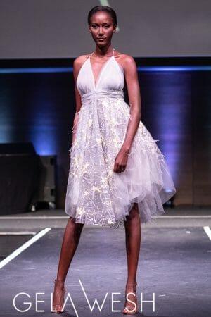 Verziertes Ballkleid aus Tüll mit Blumenapplikation Marilyn Monroe dress zum leihen